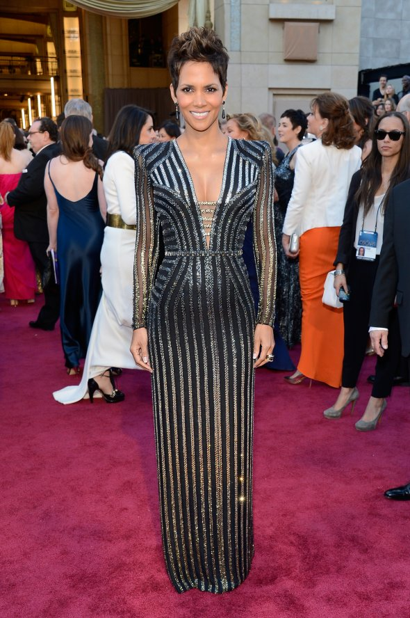 halle-berry-in-versace